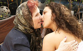Horny ageold lady licking a hot babe
