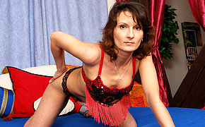 Kinky housewife Stepanka loves there play alone