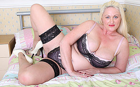Hot British big breasted housewife gets torrid as hell