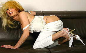 ill blonde housewife playing with her toy