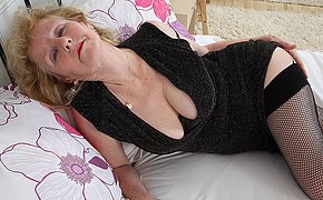Horny British housewife effectuation take the brush pussy