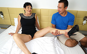 Horny mature lady getting fucked hard by her knickknack boy