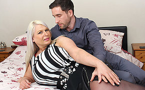 Huge breasted English mama fucking and sucking their way ass off