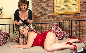 Two big breasted lesbian housewives go to town