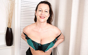 Big breasted British housewife playing with herself