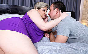 Hairy mature lady making out her toy boy