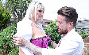 Tall British housewife doing her lover in the garden