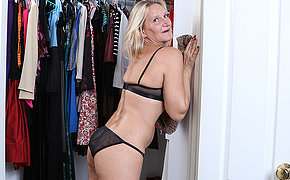 Naughty mature Mary gets parts of the closet