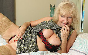Classy mature lady playing with myself in bed