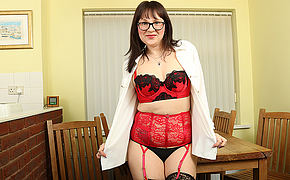 Sexy mom wearing glasses strips off say no to clothes and plays with say no to pussy